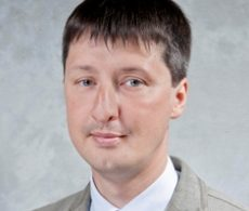 Василий Маковкин, Старший юрист