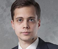 Игорь Невзоров, Старший юрист, Директор