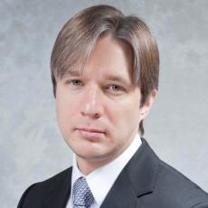 Олег Шумилов, Директор