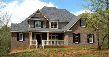 Как оформить в собственность земельный участок с домом в 2017 году