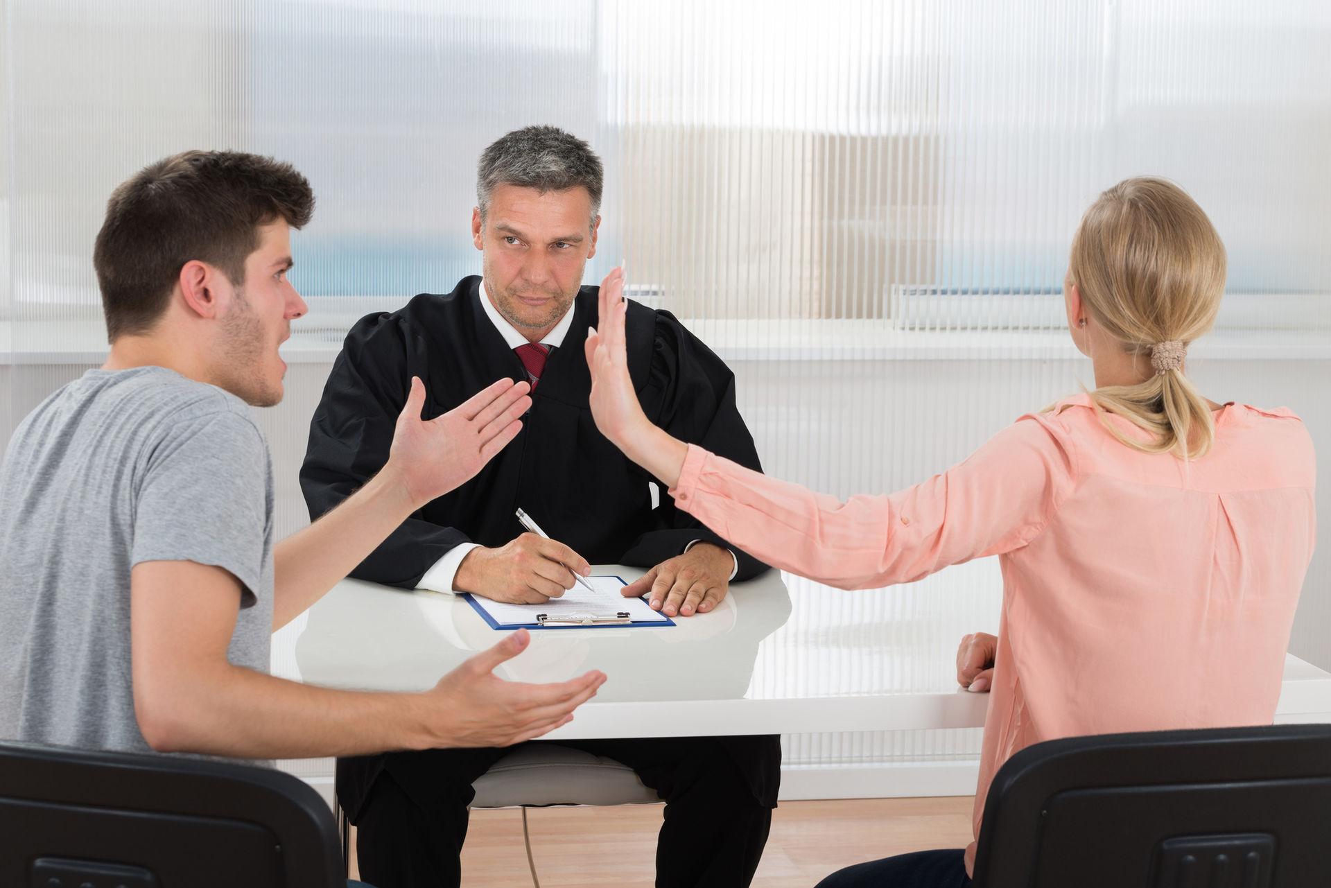 юристы по семейным спорам